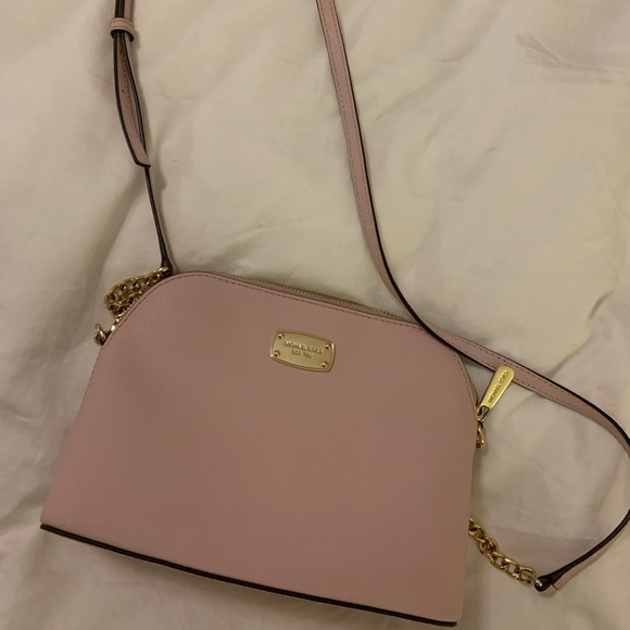 Michael Kors Handbags - Light Pink MICHAEL KORS Purse